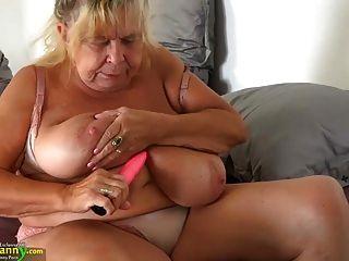 Oldnanny dois grannies gordos e seus peitos grandes