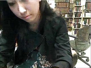 Pausa de estudo na biblioteca