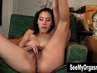 Excitada betty masturbando sua arrebatar