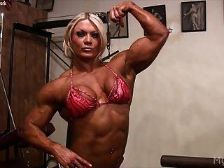 Lisa cross fica sujo no ginásio