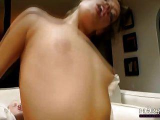 Harmonia visão jovem anal harlot ashlynn