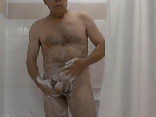 Tempo do chuveiro (mistura dos homens idosos)