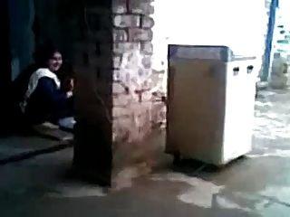 Sexy árabe hijabi mulher muçulmana batota e fodendo vizinho