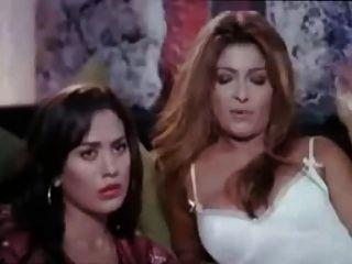 Tensão lesbiana egípcia não pornô