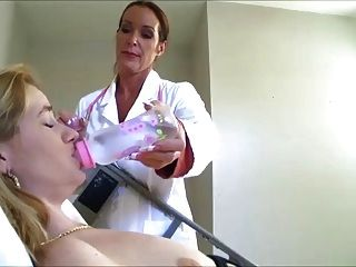 Enfermeira, faz, dela, enchimento, cima, dela, fralda