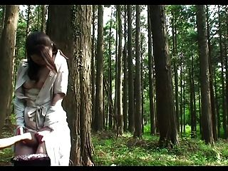 Milf sexo na floresta