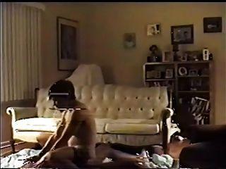 Cuckold assiste a sua esposa tomar um bbc
