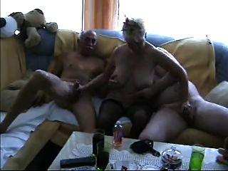 Amador homemade bisex oral madura mmf trio