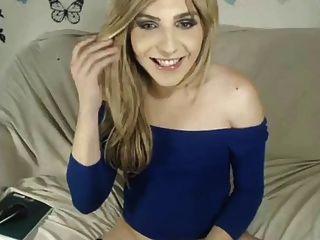Transexual wank e cum