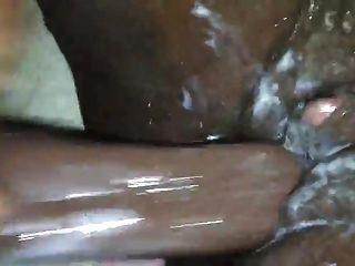 Ébano clit grande cumming duro molhado \u0026 cremoso