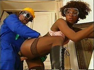 Black girl fucking com seu colega de trabalho