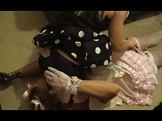 Sissy satin maid espancado \u0026 cum por madame c