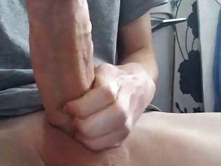 Menino de 18 anos com galo enorme e gordo (21cm)