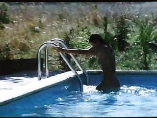 Melhores orgias: die flasche zum ficken (1979) com alces barbara