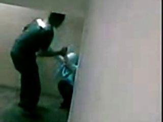 Malaio skodeng awek tudung hijab kat tangga
