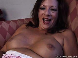 Super sexy velho spunker fode sua vagina molhada molhada para você