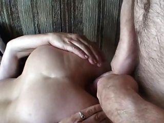 Gordinho maduro vagabunda anal