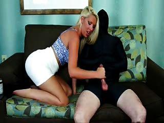 Nice feminino handjob seu escravo