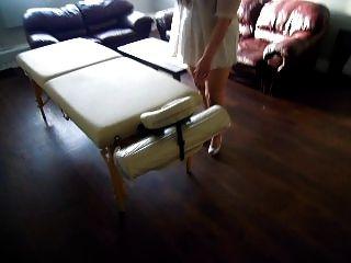Deixe-me mostrar-lhe o meu lugar e nova mesa de massagem querida :)