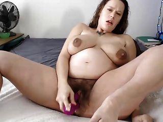 Mulher grávida gosta de se masturbar