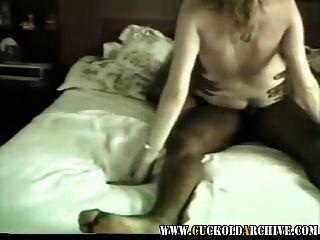 Cuckold arquivo vídeo vintage de minha mulher vagabunda com bbc frien