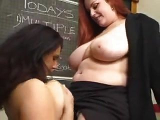 Bbw professora lésbica e aluna