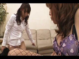 Vídeo asiático transsexual 12 de 30 censurado