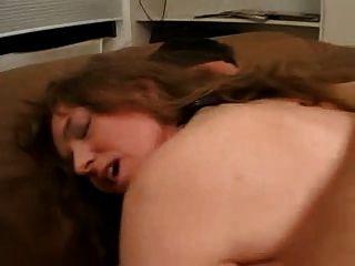 Magro alemão slut profunda anal e dupla penetração