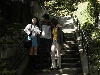 Dois, alemão, pintinhos, ao ar livre, fodendo, escadas