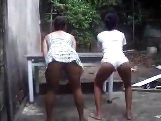 Mae puta e filha gostosa de rua 16