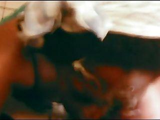 Enorme assed ebony amador blowjob com muito grande facial