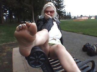 Venha beijar meus pés