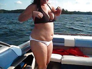 diversão de barco