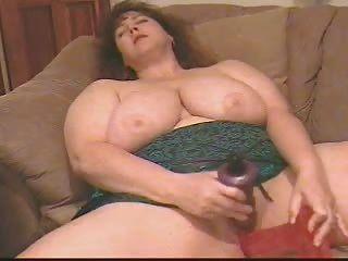 bbw princess masturbando com 2 dildos