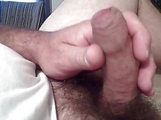 cabeça de pénis brilhante e prepúcio