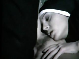 freiras sujas fazendo sexo. vídeo de música