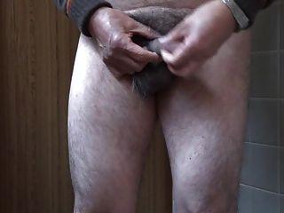 homem japonês masturbação ereto do pénis semen