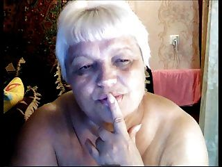 avó russa nua