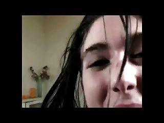 janis é uma menina de bukkake muito quente bvr