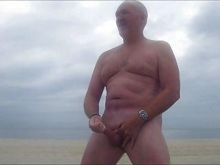 golpe de pai de str8 na praia com neblina