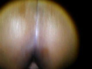 Pussy foda minha esposa com o polegar em hur ass do que foda anal