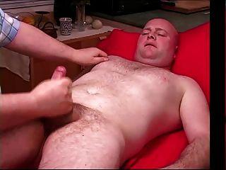 trabalho de mão para homem calvo