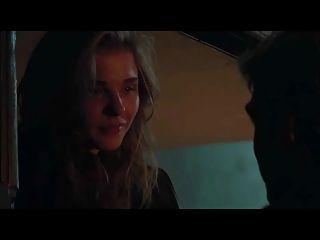 Chloe Moretz, a cena sexual de 5a onda