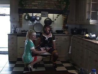 enfermeira madame c toca a angélica na cozinha novamente