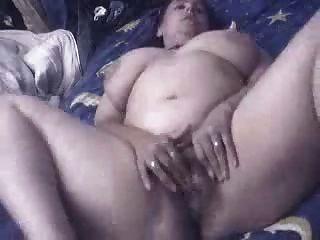 Isabel, feliz masturbação em casa