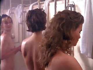 garotas na prisão ione skye e bahni turpin.