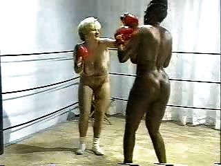 boxe nupcial interracial retro