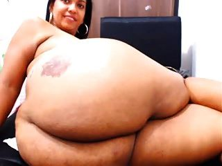 mostrando sua bunda na webcam