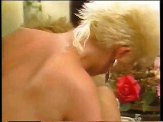 amberella agente da luxúria 1986