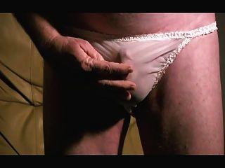 despertou nas minhas calças de nylon macio